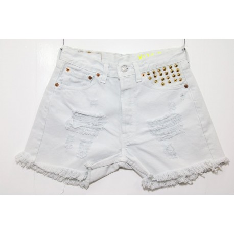 Short Levis 501 bianco destroyed con borchie