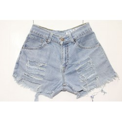 LEVIS SHORT 525 STRAPPATO DESTROYED Capo Unico 42