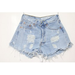 LEVIS SHORT 501 STRAPPATO DESTROYED Capo Unico 44