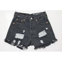 LEVIS SHORT 501 STRAPPATO DESTROYED Capo Unico 48